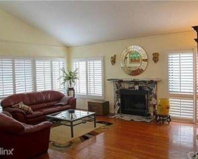 3600 E 4th St, Long Beach, CA 90814 2 Bedroom Condo