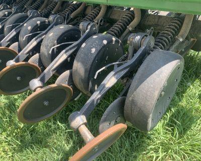 John Deere 1590 20ft. No-till Grain Drill