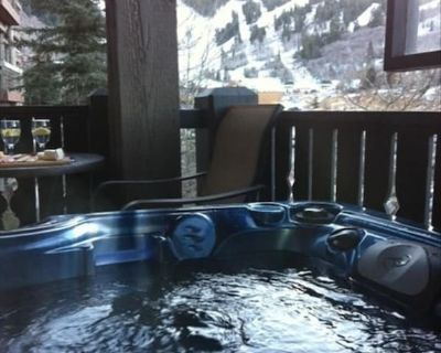 Deluxe European Condo, Sleeps 6, New Hot Tub, Just Steps From Ski Lift - Park City