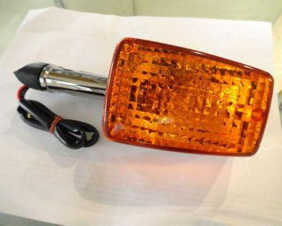 Honda Goldwing Gl1100 1980-1983 Front Turn Signal