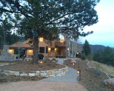 Relax in a one of a kind getaway! - Woodland Park