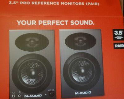 Bx3 Graphite m-Audio