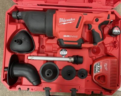 Milwaukee 12 Volt cordless drain cleaning air snake