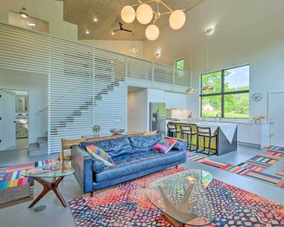 NEW! Luxe + Modern Home: 30Mi to Saratoga Springs! - Town of Hebron