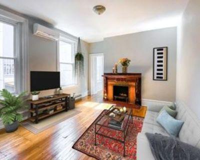 416 S 15th St #2R, Philadelphia, PA 19146 2 Bedroom Apartment