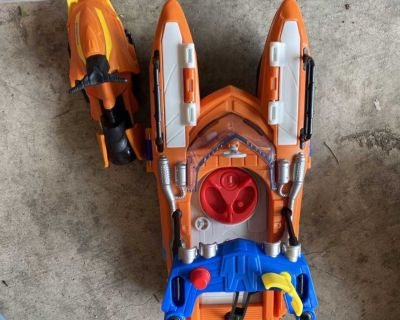 EUC Imaginext speed boat set. PPU in Spring Hill. $10