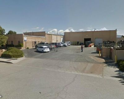 Warehouse with Great I-25 & I-40 Access