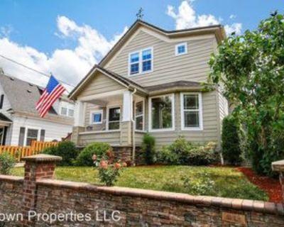 1134 Se Marion St, Portland, OR 97202 4 Bedroom House