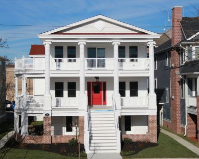 8 Bedroom 5+ bath Designed for Large Families with 3 Private Suites - Ocean City