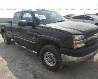 Salvage Gray 2004 Chevrolet Silverado 2500hd