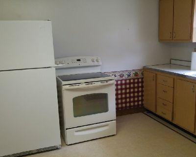 2 Bedroom 1/2 Duplex Natrona Heights, PA