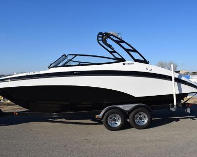 2015 Yamaha Boats AR240