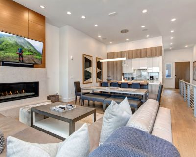 Luxe Apex Townhome   True Ski-In, Ski-Out   Heated Pool, Hot Tub, Clubhouse - Park City