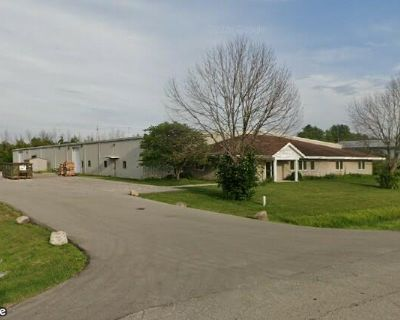 Industrial Building For Lease or Sale