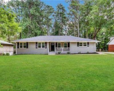 1747 Kimberly Dr Sw, Marietta, GA 30008 5 Bedroom House