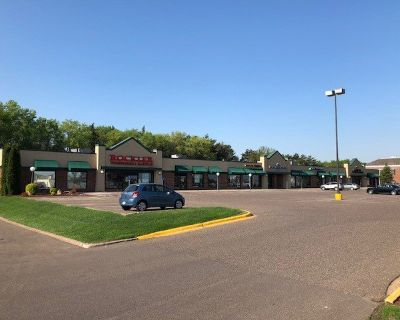 Maplewood Shopping Center Space for Lease