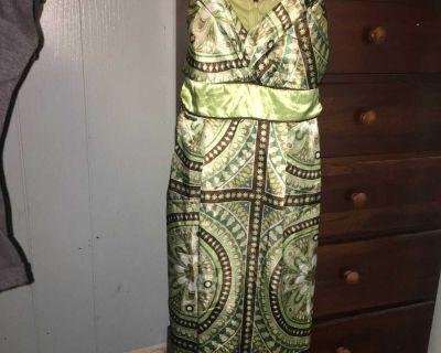 Studio Y 5/6 like new silky light summer dress.
