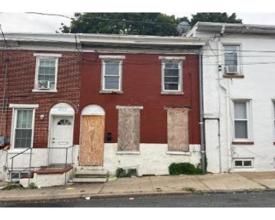 3 Bed 1 Bath Preforeclosure Property in Wilmington, DE 19805 - Pleasant St