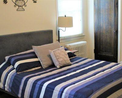 Master Bedroom-attached Private Bath in Pristine DC Location - North Cleveland Park