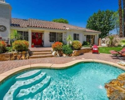 Family Retreat | Private Pool, Waterfall, Firepit - Indian Wells