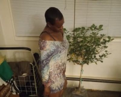 Angeline, 50 years, Female - Looking in: South Side, Milwaukee Milwaukee County WI