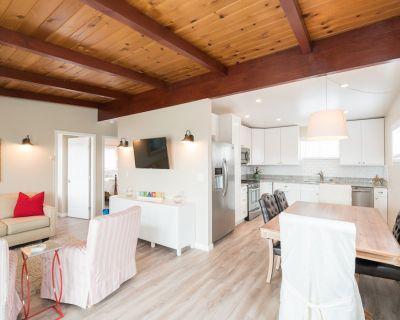 Cozy 2 bedroom house, ocean views, in quiet neighborhood, short drive to beach. - Morro Bay