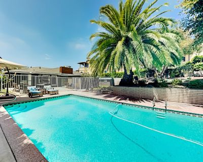 South Redondo Oasis | Private Pool, Fenced Yard | Walk to Beach & Dining - South Redondo