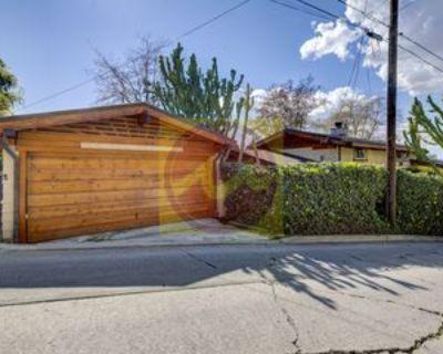 3950 De Longpre Avenue, Los Angeles, CA 90027 2 Bedroom House