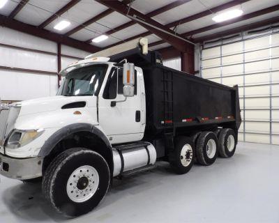 2005 INTERNATIONAL WORKSTAR 7600 Dump Trucks Truck