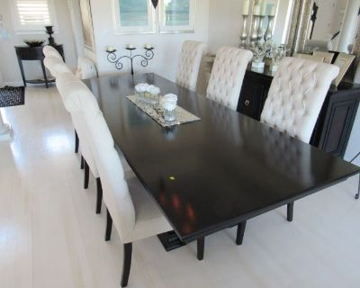 Designer Decorated Home of Quality Furnishings & D cor