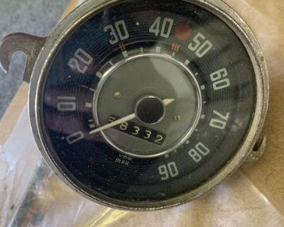 Lowlight ghia speedometer trade for split speedo