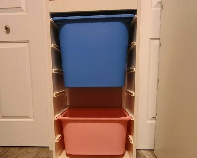 Storage with boxes