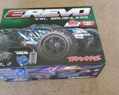 Traxxas E Revo 2.0 6S Purple Brand new