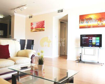 2 bedroom condo in Hollywood Heights, Los Angeles