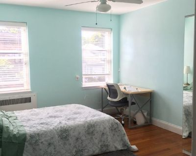 Bright|Furnished Bedroom|quick walk to Harvard|MIT