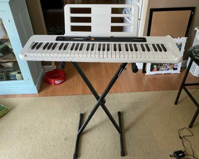 Casio CT-S200RD 61-Key Premium Keyboard Pack with Stand, Headphones & Power Supply, Red (CAS CTS200RD PPK)