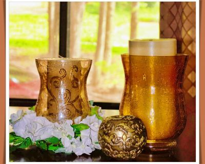 Vintage Crackle Glass Droplets w/White Floral Ring & BONUS Candles INCLUDED -