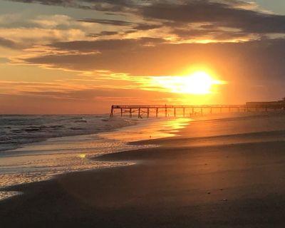 Oceanfront Community? Private Beach Access? Pool Open ~11/2?kitchen?wifi - Atlantic Beach
