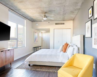 Sonder at McKinley | Studio Apartment w/ Balcony - Downtown Phoenix