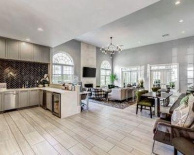 Esplanade Dr #5, Reston, VA 20194 1 Bedroom Apartment