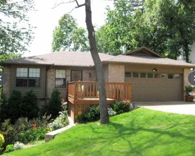 Spacious 2 story in the heart of downtown Little Rock - Little Rock