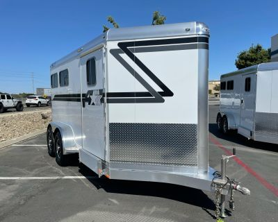 2022 4-STAR TRAILERS 2H BP RUNABOUT Trailer - Horse Elk Grove, CA