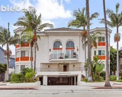 Catalina Ave. Los Angeles, CA 90277 4 Bedroom Townhouse Rental