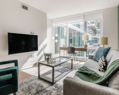 Rent Lofts and Upper Lofts at Canal Walk #D226 in Richmond