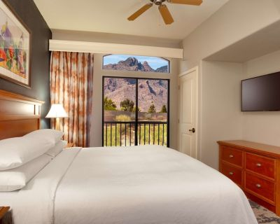 2-bedroom Suite at Embassy Suites by Hilton Tucson Paloma Village by Suiteness - Catalina Foothills Estates