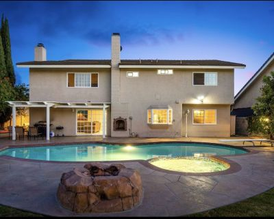 Come Home! Swimming Pool hot tub spa Game Room! - Fountain Valley