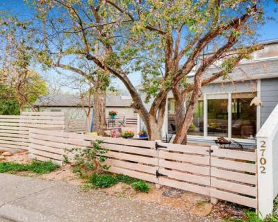Gorgeous 3 bdrm- Walk to hiking, Pearl Street Mall, Restaurants and 5 mins to CU - Newlands