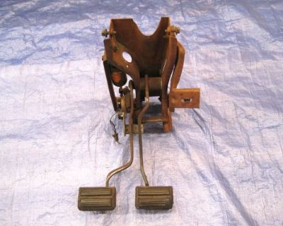 1970-74 Dart, Duster Demon, 4-speed Clutch / Brake Pedal Assembly, W-switch, Vgc