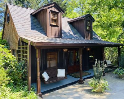 Charming cottage next to East Lake Golf Club - East Lake