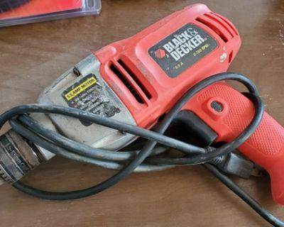 BLACK+DECKER 5.5 Amp Drill